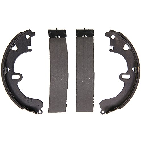 (Wagner Z529 Brake Shoe Set, Rear)