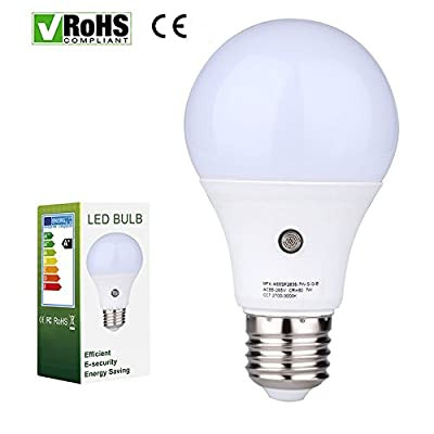 E27/E26 7-Watt 630Lumens LED Dusk-to-Dawn Sensor Light Bulbs Built-in Photosensor Detection Auto Switch Energy Saver Light Indoor/Outdoor Lighting Lamp for Porch Hallway Patio Garage (4000K)