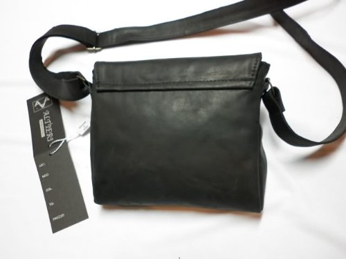Borsello messenger in pelle -Vero Artigianato italiano -L21xH19xP4 cmcm MOD : Mera black