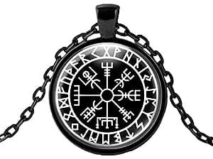 Amazon com: WitchandRich Vegvisir Protection & Guidance Viking