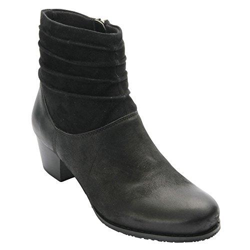 Ros Hommerson Women's Bonnie Boots, Black Leather, 11 W