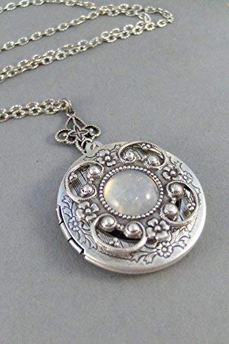 Vintage Moonstone,Locket,Antique Locket,Silver Locket,Moonstone,Goddess,Moonstone Necklace,Moonstone Locket,Moonstone Cab.Valleygirldesigns. ()