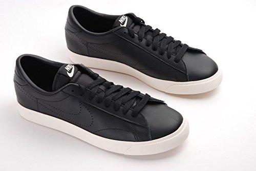 Nike Herren Tennis Classic AC Tennisschuhe, Multicolore-Negro / Amarillo (Black / Black-Desert Sand), 41 EU