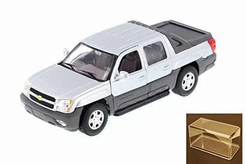 Diecast Car & Accessory Package - 2002 Chevy Avalanche Pick Up Truck, Silver - Welly 22094 - 1/24 Scale Diecast Model Toy Car w/display case
