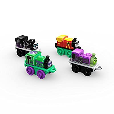 Fisher-Price Thomas & Friends MINIS, DC Super Friends #1 (4-Pack): Toys & Games
