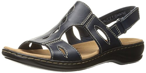 CLARKS Women's Leisa Lakelyn Flat Sandal, Navy Leather, 8 M US