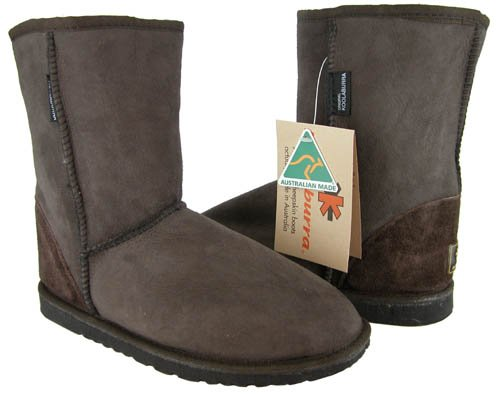Koolaburra Classic Short Boots (Koolaburra Unisex Short Classic Boot,Chocolate,Men's 9 M/Women's 10 M )