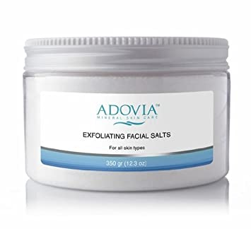 Exfoliating facial salts