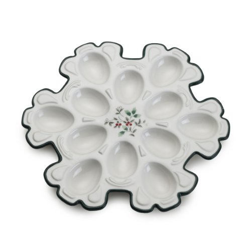 Pfaltzgraff Winterberry Snowflake Egg Plate (Winterberry Collection Tableware)