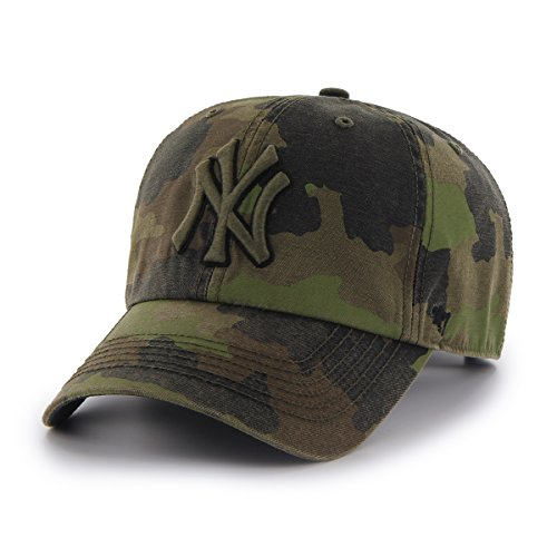MLB New York Yankees Frontline Green Camo Adjustable Hat / Cap