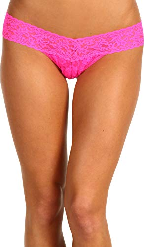Hanky Panky Women's Signature Lace Low Rise Thong Panty, Passionate Pink, One Size