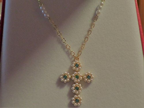 (Jacqueline Jackie Kennedy Pearl Cross and Seed Necklace)