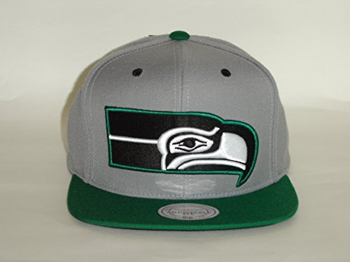 Mitchell & Ness NFL Seattle Seahawks 2Tone Green/Grey Snapback -A2094