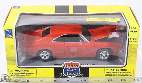 Muscle Car Collection NewRay 1:25 W/B, 1969 Dodge Charger R/T, Red Diecast Vehicle