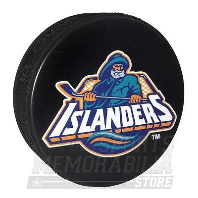 Amazon Com New York Islanders Fisherman Official Nhl Souvenir