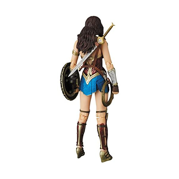 41HYdp8ofnL Medicom Wonder Woman Movie: Wonder Woman MAF EX Action Figure