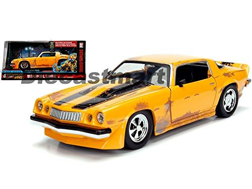 - MWDx102 Hollywood Rides 1:24 1977, 2006 Chevy Camaro Bumblebee 1:24 Transformer Nib (1977 Camaro Bumblebee)