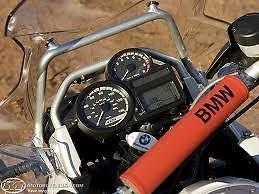 bmw-r1200-gs-gsa-cross-brace-padding-red-black