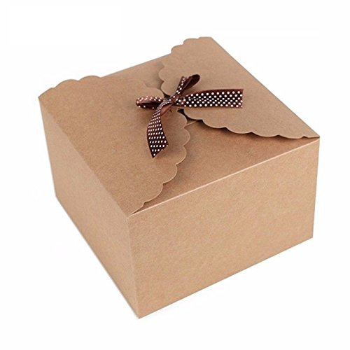 Brown Kraft Paper Gift Boxes Decorative Christmas Tree, Wreath And Other Accessories Make Your Home More Festive Atmosphere.