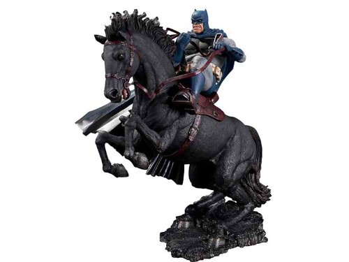 The Dark Knight Statue (DC Collectibles Batman The Dark Knight Returns: A Call to Arms Statue)