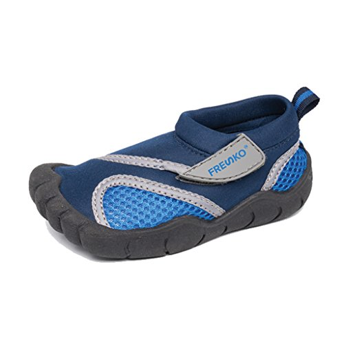 Best Water Shoes For Canoeing