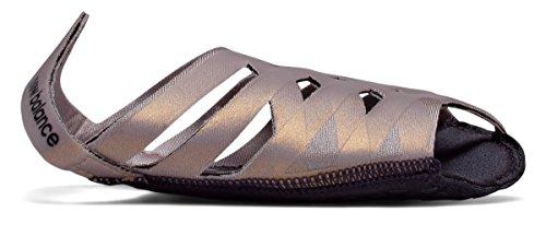 ばか大胆なアプライアンス(ニューバランス) New Balance 靴?シューズ レディーストレーニング NB Studio Skin Faded Rose with Champagne Metallic ローズ メタリック XS (XS)
