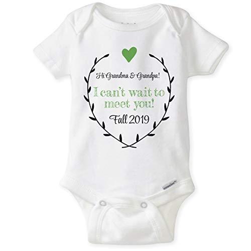 CarefreeTees Hi Grandma & Grandpa! - Pregnancy Announcement (Unisex Baby Bodysuit NB Fall Green -