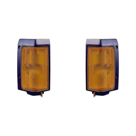 87 Signal Light Driver (Nissan Pickup 86-87 Side Marker Light Assembly Pair Driver and Passenger Side NI2550108, NI2551108)