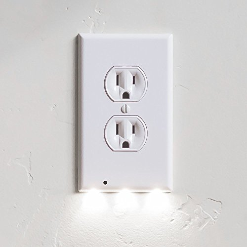 SnapPower Guidelight - Outlet Wall Plate With LED Night Lights - No Batteries Or Wires - Installs In Seconds - (Duplex, White) (5 Pack)