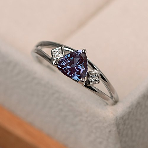 (created alexandrite customized rings for women trillion cut sterling silver)