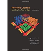 Photonic Crystals: Molding the Flow of Light - Second Edition