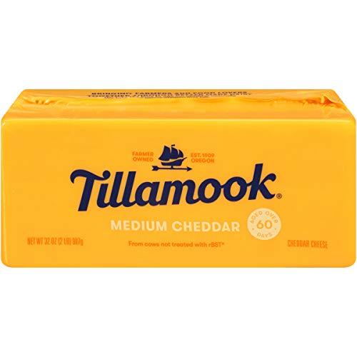 (Tillamook Medium Cheddar Cheese, 2 lb (Packaging May Vary))