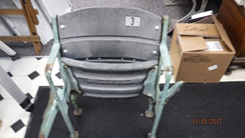 NEW YORK YANKEES VINTAGE/ORIGINAL STADIUM SEAT #3 -GUARANTEED AUTHENTIC ()
