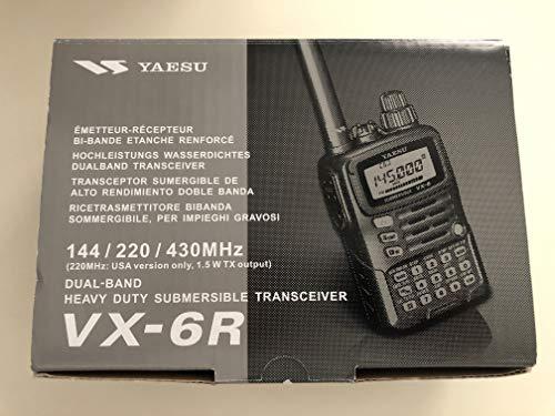 Tri-Band Yaesu VX-6R Submersible Amateur Ham Radio Transceiver ()