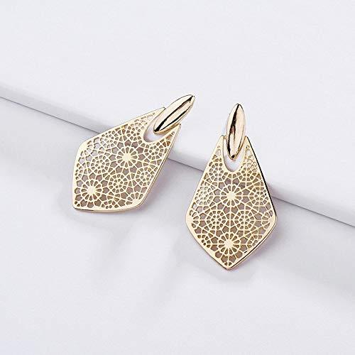 (2019 Trendy Fashion Gold Metal Geometric Kite Shape Filigree Cut Out Arrowhead Dangle Earrings for Women Valentines Gift)