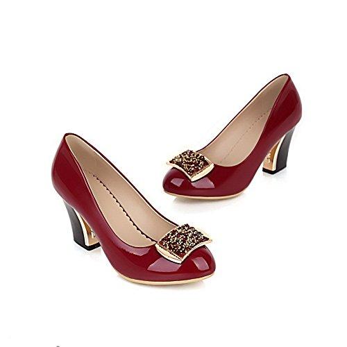 AllhqFashion Mujer Charol Slip-on Tacón Medio Puntera Redonda ZapatosdeTacón Rojo