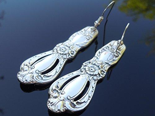 International Grand Heritage Earrings Silverplate 1968 Vintage ()