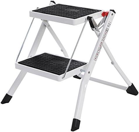 SONGMICS Escalerilla, Escalera Plegable Robusto 2 peldaños, con Asa Altura de trabajo aprox. 235 cm, Hasta 150 kg, certificado por TÜV Rheinland de acuerdo con el estándar EN14183 GSL02WT: Amazon.es: Bricolaje y herramientas