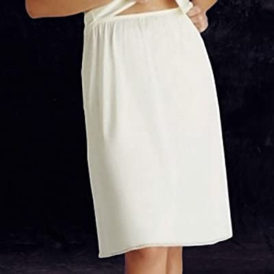 11711 M 28 White Vanity Fair Non-cling Nylon Half Slip