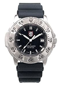 Luminox men 39 s watch 3200 navy seal steel and titanium dive series 3201 ww luminox for Watches navy seals use