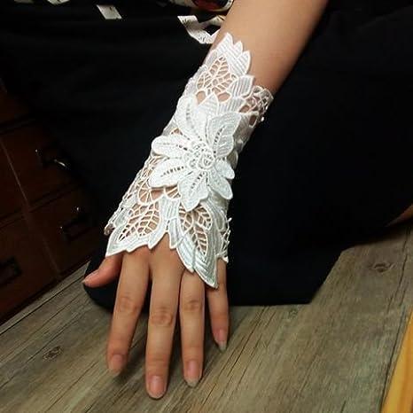 Muñeca de encaje blanco pulsera elegante cubierta refinamiento la ...