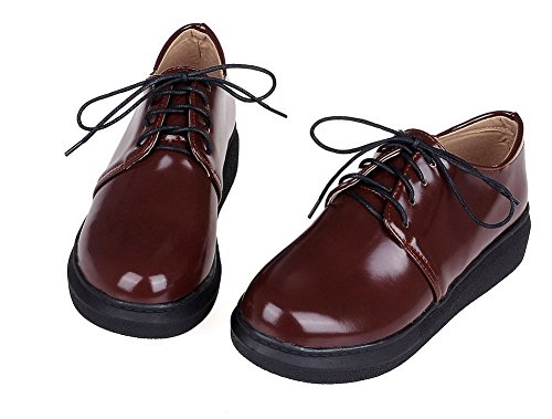 AmoonyFashion Womens Solid PU Kitten-Heels Lace-Up Pumps-Shoes Brown fp2le4S