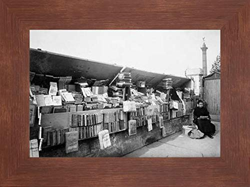 Paris, 1910-1911 - Secondhand Book Dealer, Place de la Bastille bouquiniste by Eugene Atget - 20