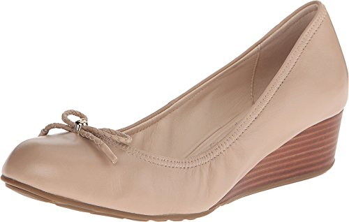 Cole Haan Women's Tali Grand Lace Wedge 40 Pump, Maple Sugar, 8 2A US by Cole Haan
