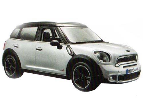 Mini Cooper 4dr Countryman Silver 1/24 by Maisto 31273