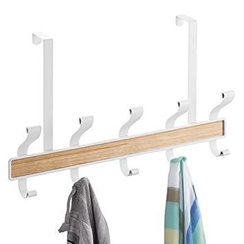 mDesign Perchero de puerta – 10 ganchos - Acero color blanco y madera clara - Práctico
