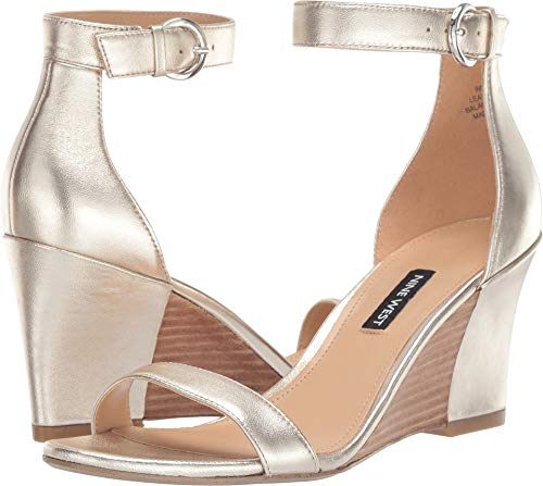 Nine West Women's Sloane Light Gold 8 M US ()