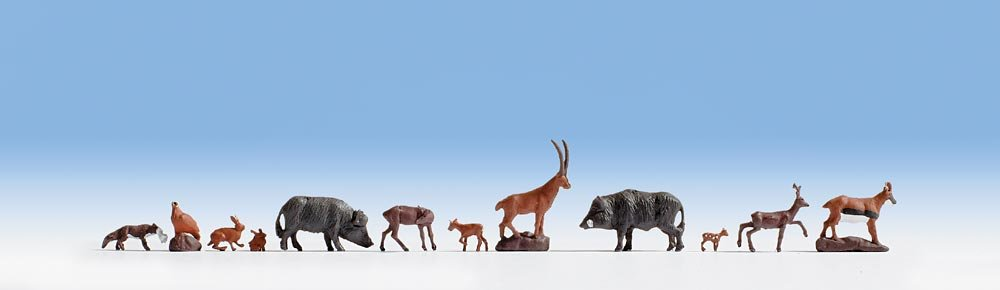 Noch 36745 Forest Animals Landscape Modelling no 36745