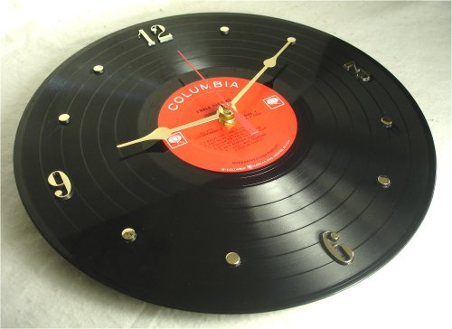 """It's Our Earth JOHNNY CASH Recycled Vinyl Record Clock – """"I Walk The Line"""" (Recycled Vinyl Record)"""