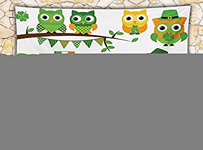 St. Patricks Day Fleece Throw Blanket Irish Owls with Leprechaun Hats on Trees Shamrock Leaves Horseshoe Throw Green and White